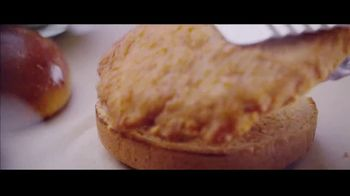 McDonald's Ultimate Chicken Sandwich TV Spot, 'Made When You Order' - Thumbnail 4