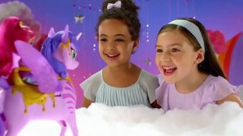 Shimmer and Shine Magical Flying Zahracorn TV Spot, 'Soaring High' - Thumbnail 4