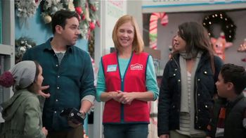 Lowe's Black Friday Deals TV Spot, 'The Moment: Peace on Earth' - Thumbnail 3