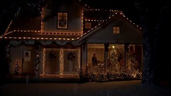 Lowe's Black Friday Deals TV Spot, 'The Moment: Peace on Earth' - Thumbnail 7