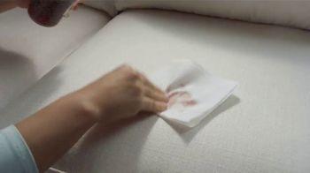 La-Z-Boy Double Discount Days TV Spot, 'White Sofa' Featuring Brooke Shields - Thumbnail 6