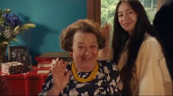 XFINITY TV Spot, 'Grandma's 80th Birthday: Starz' - Thumbnail 1