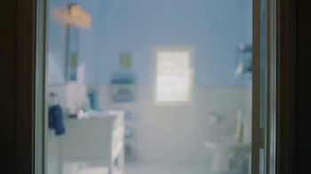DIRECTV NFL Sunday Ticket TV Spot, 'Squeaky Clean' - Thumbnail 1
