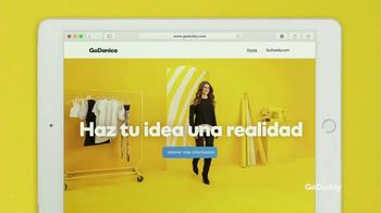 GoDaddy TV Spot, 'Idea real' con Danica Patrick [Spanish] - Thumbnail 7