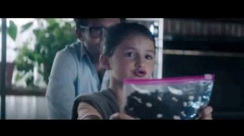 Ziploc TV Spot, 'Star Wars: defiende la galaxia' [Spanish] - 44 commercial airings