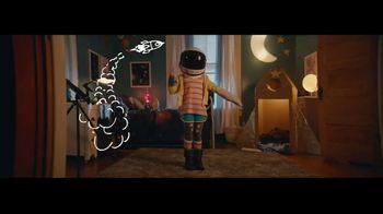 Amazon Echo Dot Kids Edition TV Spot, 'Emma Likes Outer Space' - Thumbnail 9