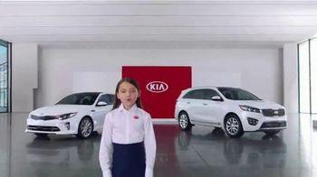 Kia America's Best Value Summer Clearance TV Spot, 'Hamburgers' - Thumbnail 1