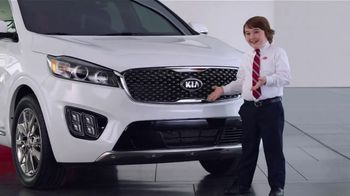 Kia America's Best Value Summer Clearance TV Spot, 'Hamburgers'