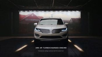 2018 Lincoln MKC TV Spot, 'New Perspective' [T2] - Thumbnail 3
