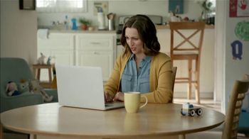 Carfax TV Spot, 'Woman Finds Great Used Car Deal' - Thumbnail 8