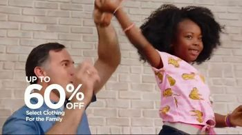 JCPenney TV Spot, 'Jeans for the Whole Family' - Thumbnail 4