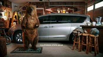 Chrysler Pacifica Hybrid TV Spot, 'California State Bear: Garage' [T2]