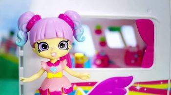 Shopkins Happy Places Rainbow Beach TV Spot, 'Luxury Ahead' - Thumbnail 1