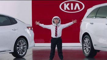 Kia America's Best Value Summer Clearance TV Spot, 'Space Helmet' - 609 commercial airings