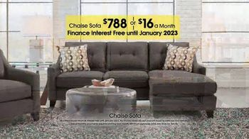 Rooms to Go TV Spot, 'Labor Day: Chaise Sofa' - Thumbnail 4