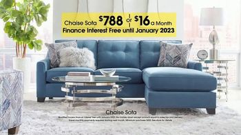 Rooms to Go TV Spot, 'Labor Day: Chaise Sofa' - Thumbnail 8