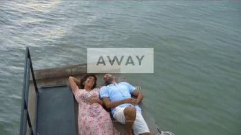 Away Luggage TV Spot, 'Always Moving: 100 Days' - Thumbnail 10