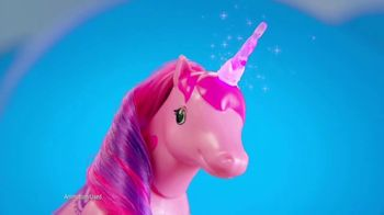 Little Live Pets Sparkles My Dancing Unicorn TV Spot, 'She Loves Back'