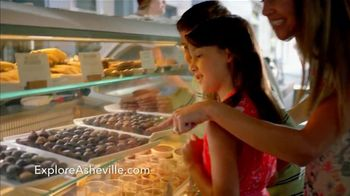 Asheville Convention & Visitor's Bureau TV Spot, 'Stop and Look Around' - Thumbnail 4