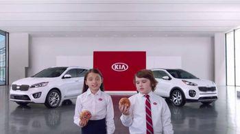 Kia America's Best Value Summer Clearance TV Spot, 'Donuts' [T2] - Thumbnail 3
