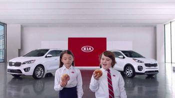 Kia America's Best Value Summer Clearance TV Spot, 'Donuts' [T2] - Thumbnail 6