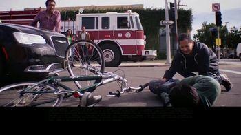 Los Defensores TV Spot, 'Accidentes' con Jorge Jarrín [Spanish]