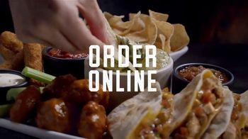 Applebee's To Go TV Spot, 'Window: Order Online' Song by Melissa Etheridge - Thumbnail 5