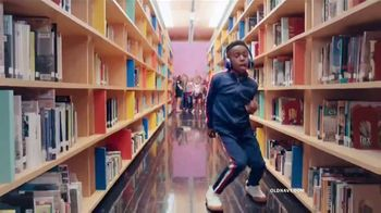 Old Navy Kids & Baby Sale TV Spot, 'Back-to-School Styles' - Thumbnail 7