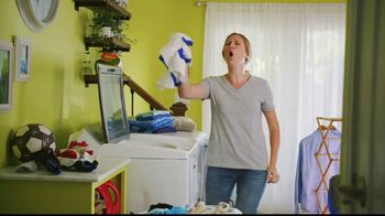 Lowe's Black Friday Deals TV Spot, 'Susan the Striker: Maytag Washer and Dryer Pair' - Thumbnail 3