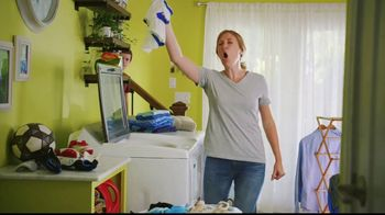 Lowe's Black Friday Deals TV Spot, 'Susan the Striker: Maytag Washer and Dryer Pair'