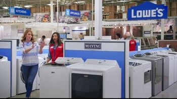 Lowe's Black Friday Deals TV Spot, 'Susan the Striker: Maytag Washer and Dryer Pair' - Thumbnail 6