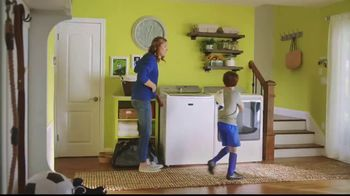 Lowe's Black Friday Deals TV Spot, 'Susan the Striker: Maytag Washer and Dryer Pair' - Thumbnail 9