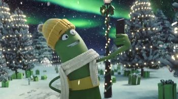 Cricket Wireless TV Spot, 'Holidays: Four The Merrier' - Thumbnail 3