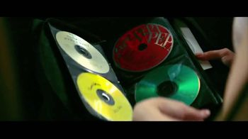 JBL LINK TV Spot, 'Request' Song by Kaskade - Thumbnail 6