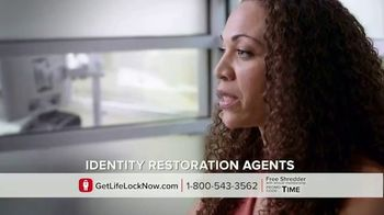 LifeLock TV Spot, 'DSP1 V1' Featuring Rick Harrison - Thumbnail 6
