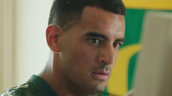 Nissan TV Spot, 'Heisman House: Rivalry Week: Beavers' Featuring Marcus Mariota [T1] - Thumbnail 6