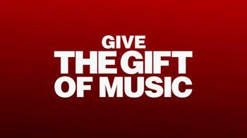 Guitar Center TV Spot, 'Holidays: Ukulele and Gig Bag' Song by Anderson .Paak - Thumbnail 7