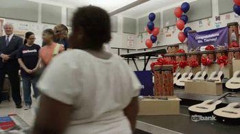 U.S. Bank TV Spot, 'Music Is Key' Featuring Eric Paslay - Thumbnail 7