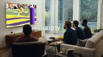 Samsung Black Friday Offers TV Spot, 'QLED TV: Cheering on the Inside' - Thumbnail 6