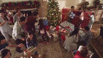 Walmart TV Spot, 'Sonrisas que alegran la Navidad' canción de Elvis Crespo [Spanish]