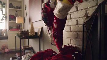 Walmart TV Spot, 'Sonrisas que alegran la Navidad' canción de Elvis Crespo [Spanish] - Thumbnail 2