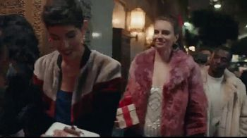 eBay TV Spot, 'eBay Gifts 2018: If it's Happening This Season' Song by Bonti - Thumbnail 4