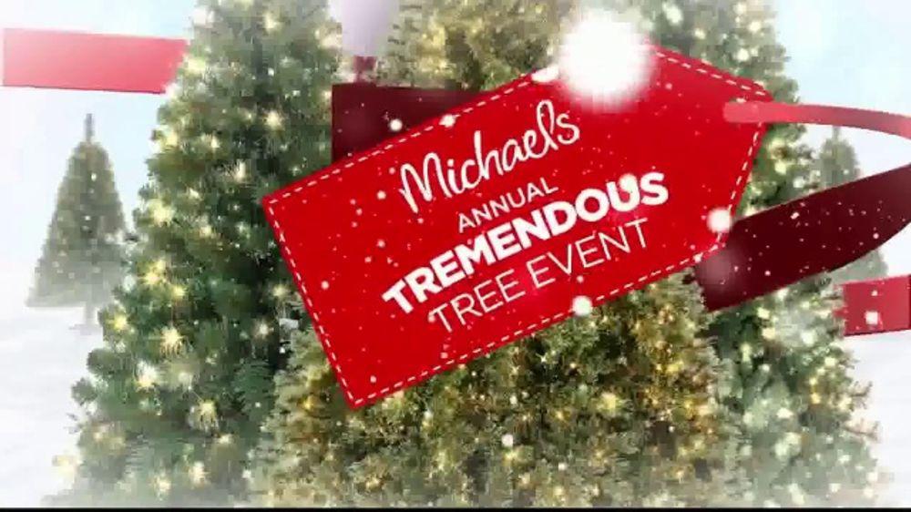 Michaels Christmas.Michaels Annual Tremendous Tree Event Tv Commercial Christmas Savings Video