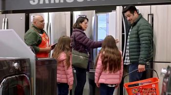 The Home Depot Black Friday Savings TV Spot, \'Juego de cocina Whirlpool\' [Spanish]