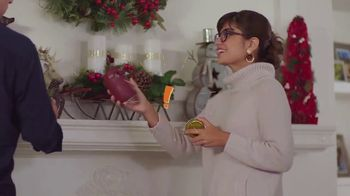 Big Lots TV Spot, '2018 Holidays: Cashmere Trees' - Thumbnail 2