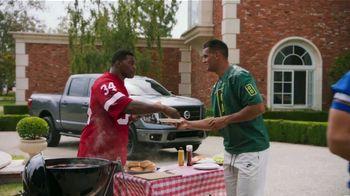 Nissan TV Spot, 'Heisman House: BBQ' Featuring Herschel Walker, Marcus Mariota [T1] - Thumbnail 2