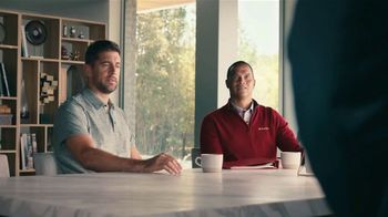 State Farm TV Spot, 'Rogue Candles' Featuring Aaron Rodgers - Thumbnail 7