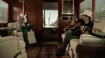 Nationwide Insurance TV Spot, 'The Jingle Sessions: Deductible Duet' - Thumbnail 10