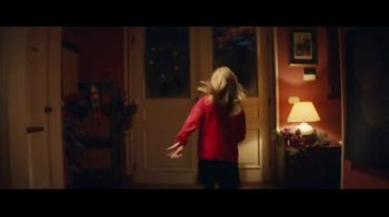 Macy's TV Spot, '2018 Holidays: Believe in the Wonder of Giving' - Thumbnail 8