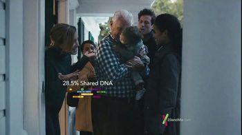 23andMe Thanksgiving Family Offer TV Spot, 'Our DNA Family' - Thumbnail 7